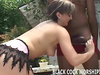 I love fucking big cocked black dudes