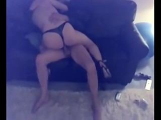 AMATEUR CUCKOLD AMAZING SLIM WIFE IN HEELS