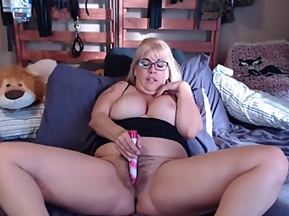 Hairy cuckold dream Joclyn with glasses and lots of play