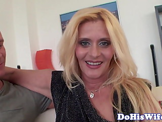Cuckolding housewife goes crazy for bbc