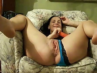 Mature risa legs open for you (cuck)