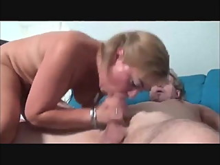 Swinger couple fucking dirty